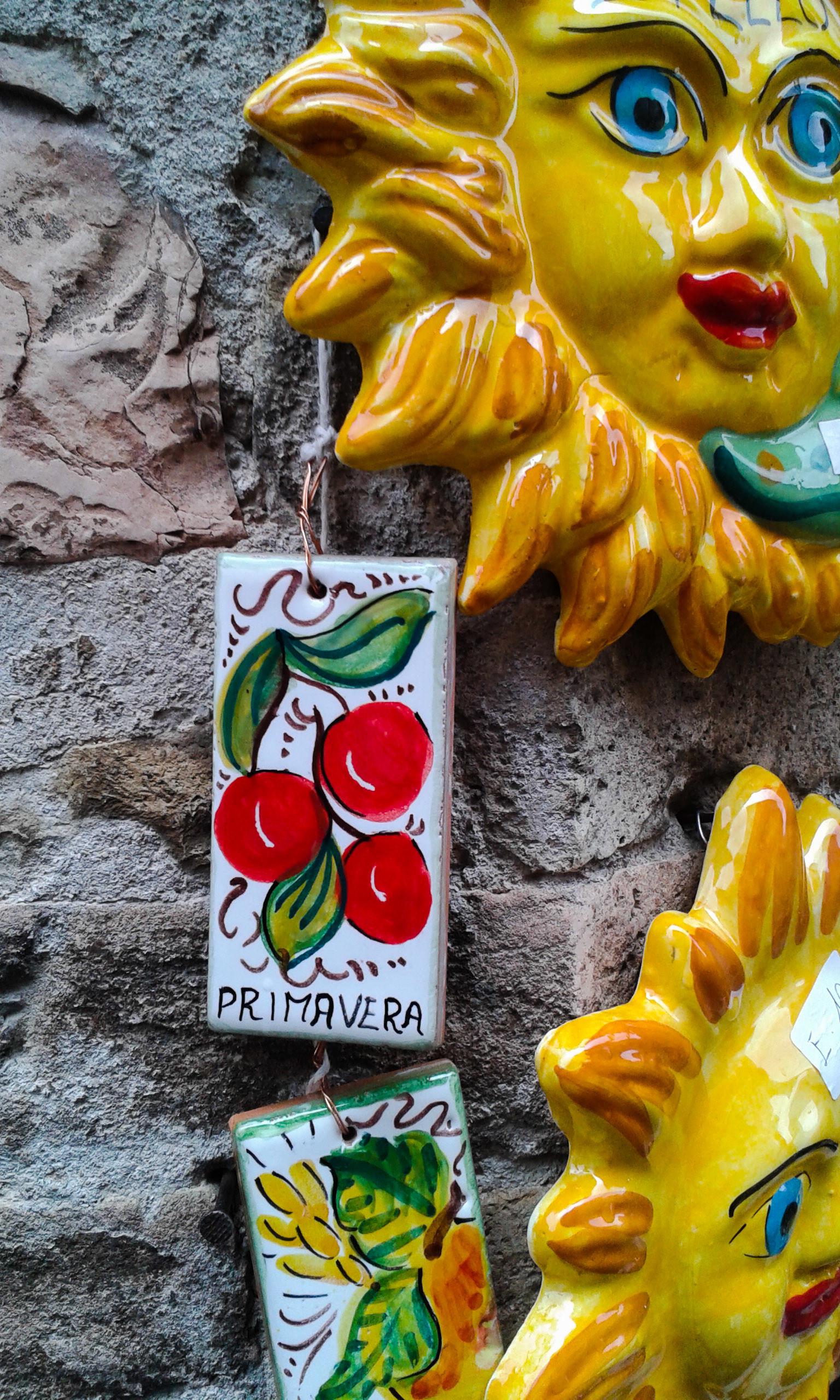 Ceramica artistica per i vicoli di spello