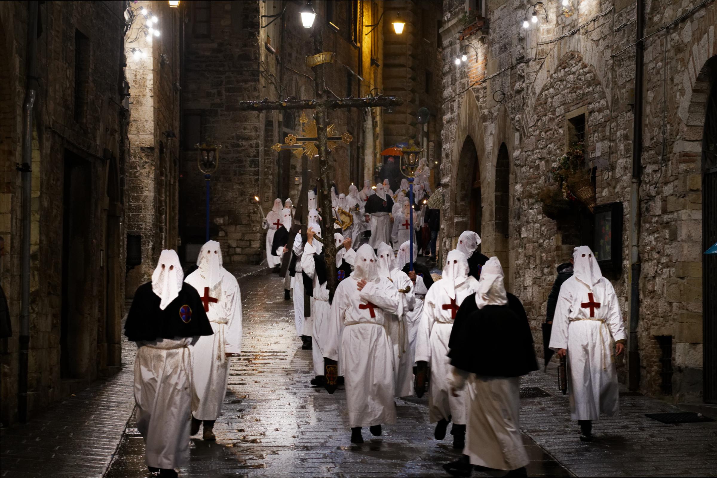 Processione Cristo Morto - Gubbio